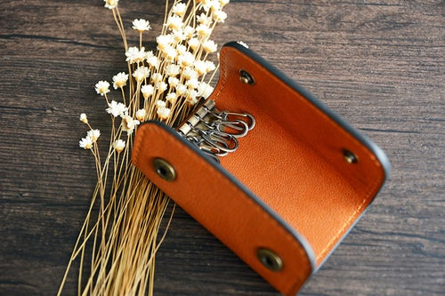 Image of Custom Handmade Vegetable Tanned Italian Leather Key Holder Key Case D055
