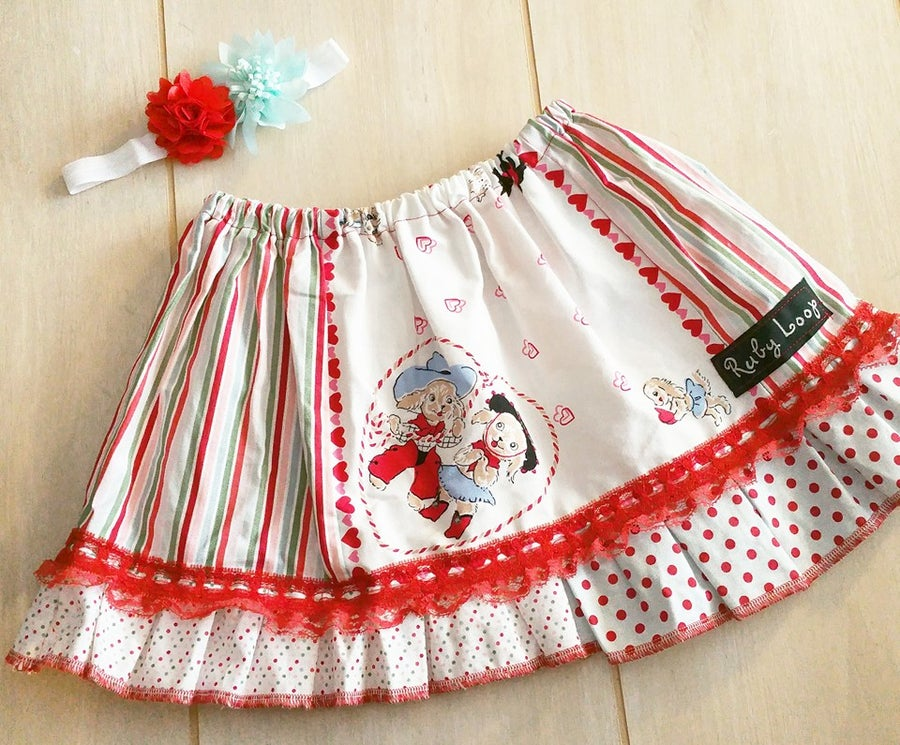 Image of Puppy Love Valentine skirt