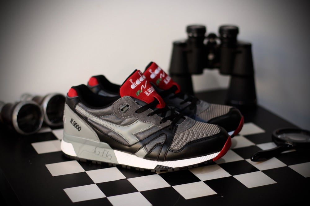 Image of DIADORA N9000 BLACK / STORM RED
