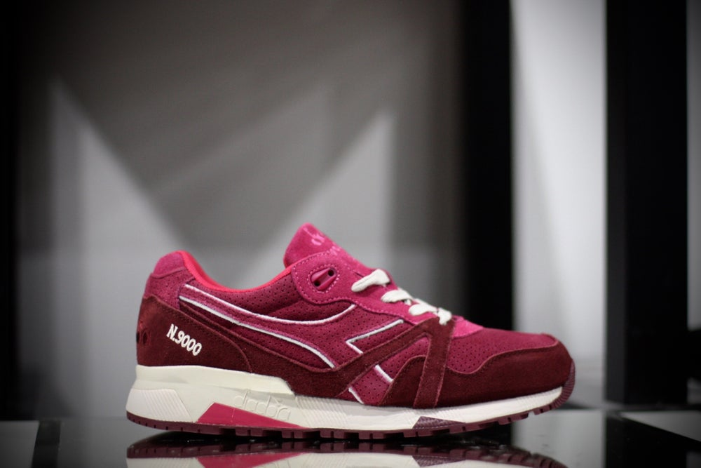 Image of DIADORA N9000 RED BEET