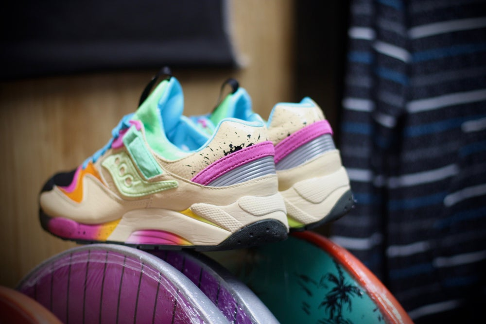 "Image of SAUCONY GRID 6000 X SHOE GALLERY MIAMI ""SURF & SKATE"""