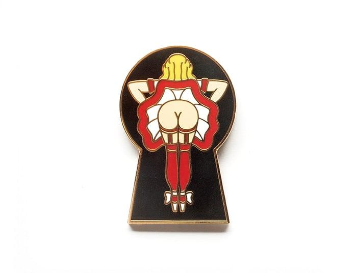 Image of Peep Lapel Pin