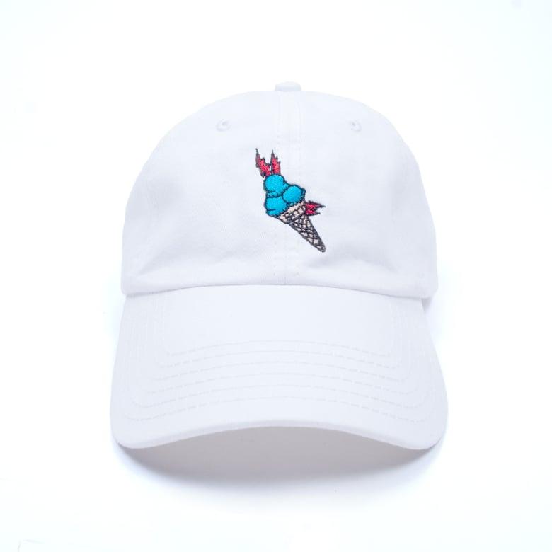 "Image of ""Brrr"" Low Profile Sports Cap - White"