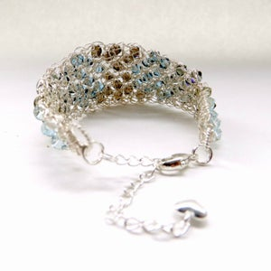 Image of Graduated wire bracelet - Vintage