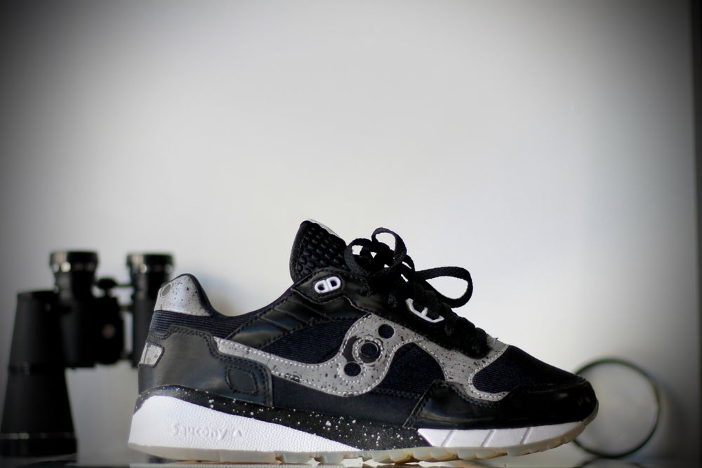"Image of SAUCONY SHADOW X BAIT 5500 CRUELWORLD 6 ""GIANT LEAPS"""