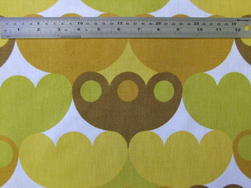 Image of 'Pinto' fabric - 50cm square