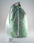 Image of Bunny Spindle Bag (Daisy Bouquet)