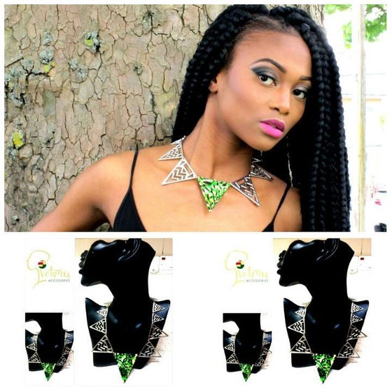 Image of Vekras Spring Green Statement Necklace