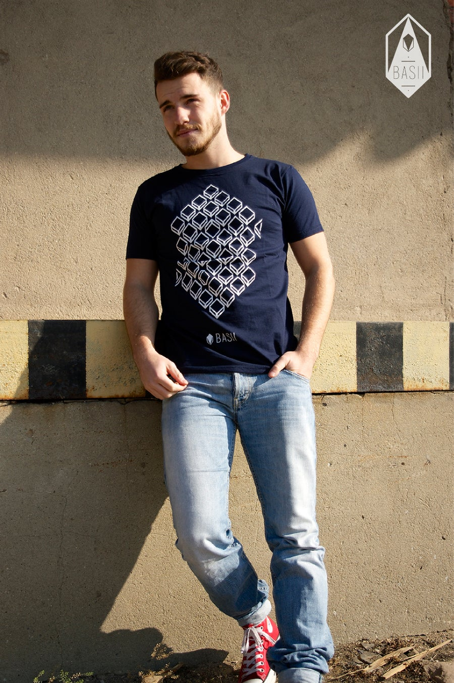 "Image of Shirt // ""Hexagon"" // Navy Blau"