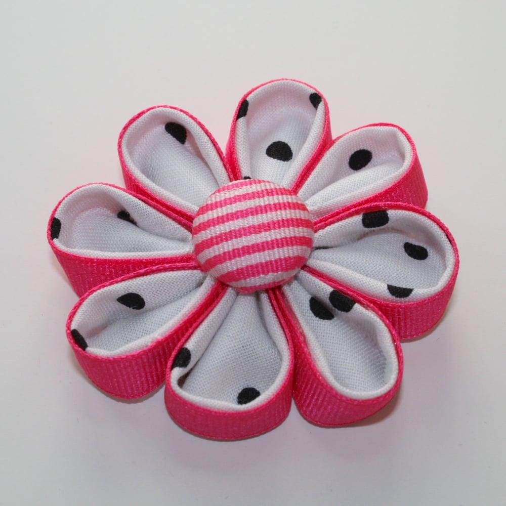 Image of Vanessa Kanzashi Ribbon Flower Tutorial