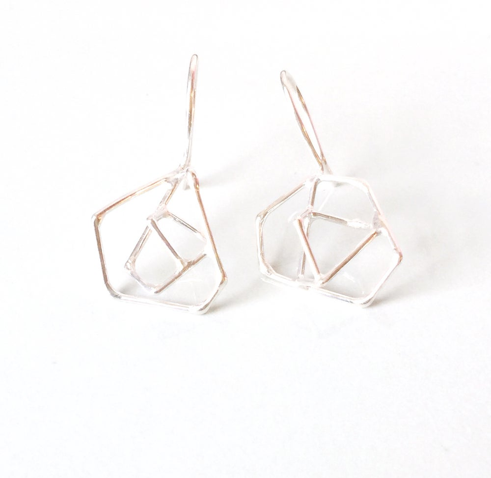 hur jewelry — (sterling) silver wire constellation earrings