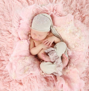 Image of Nest of Curls Blanket - DUSTY ROSE