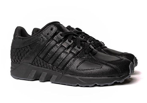 Image of ADIDAS EQT KING PUSH 'BLACK'