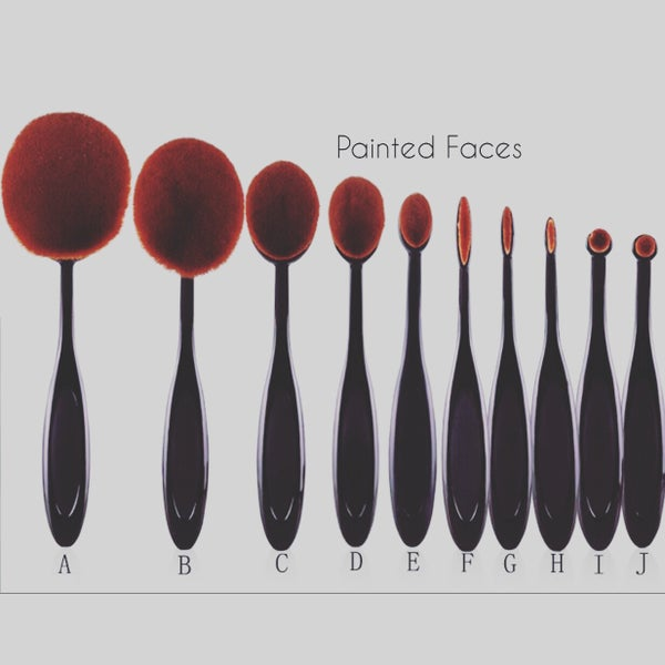 Image of Oval cream brushes