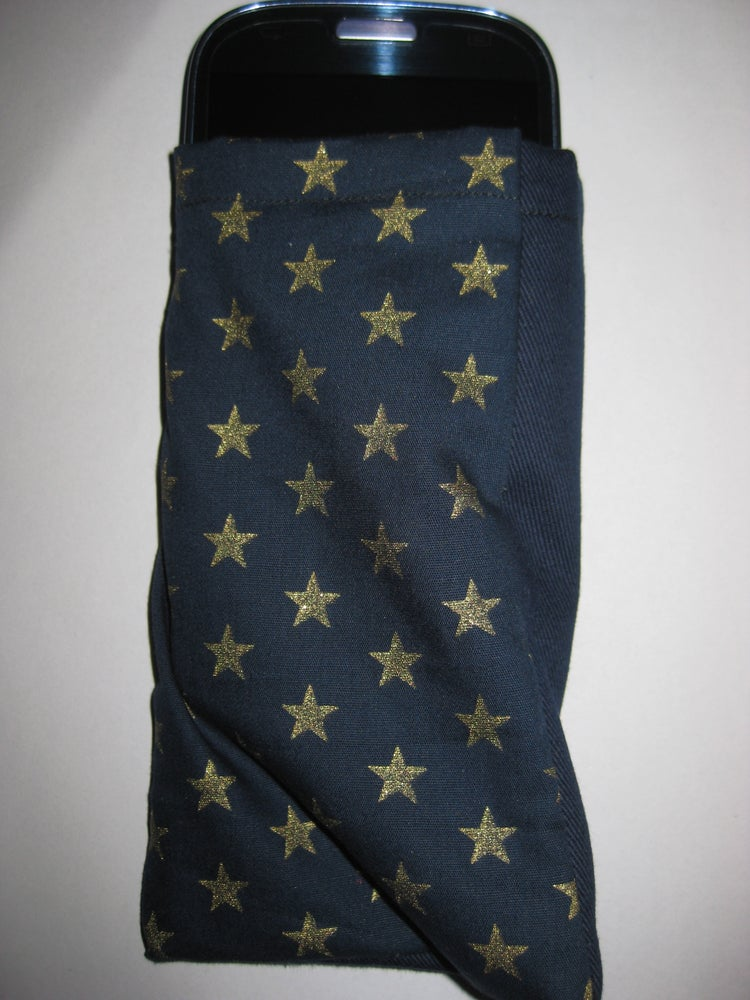 Image of Golden stars on blue - protective phone pouch