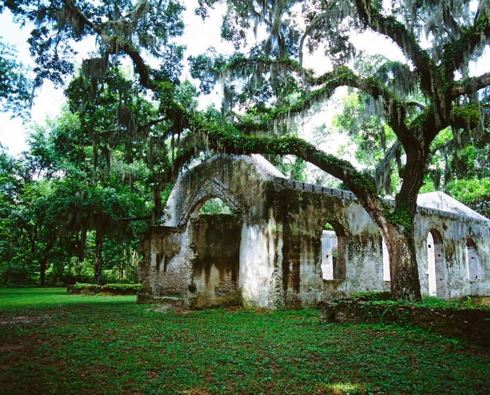 Image of Tabby church horizontal