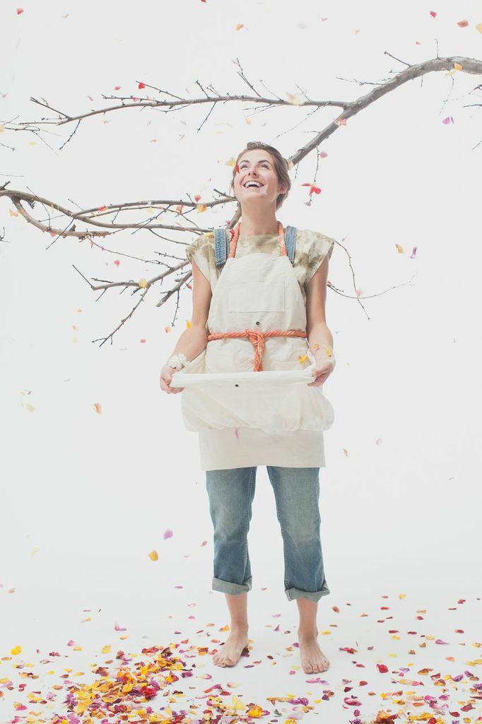 Canvas Foraging Apron- (Madder Root Strap)