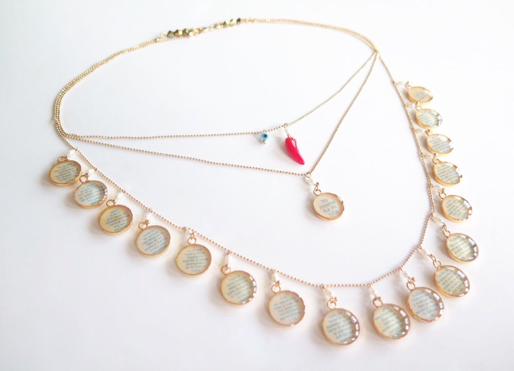 Image of Oh Julia de Burgos Pearls Necklace