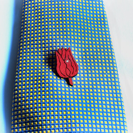 Image of lasered wooden tie pin / lapel pin TULIPA
