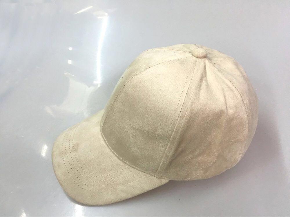 Image of SUEDE CAP / CAMEL