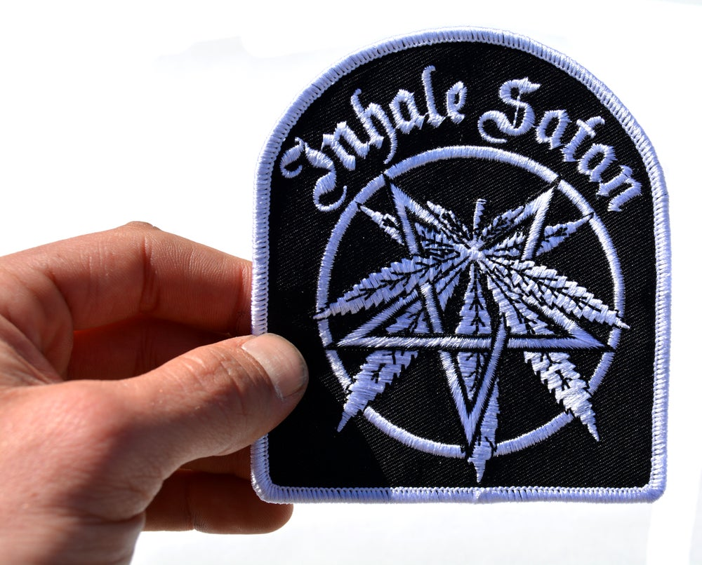 1PCS Army Logo Star Space Alien Patch Badge Cool Cheap Embroidered Biker  Patches Eye Iron On
