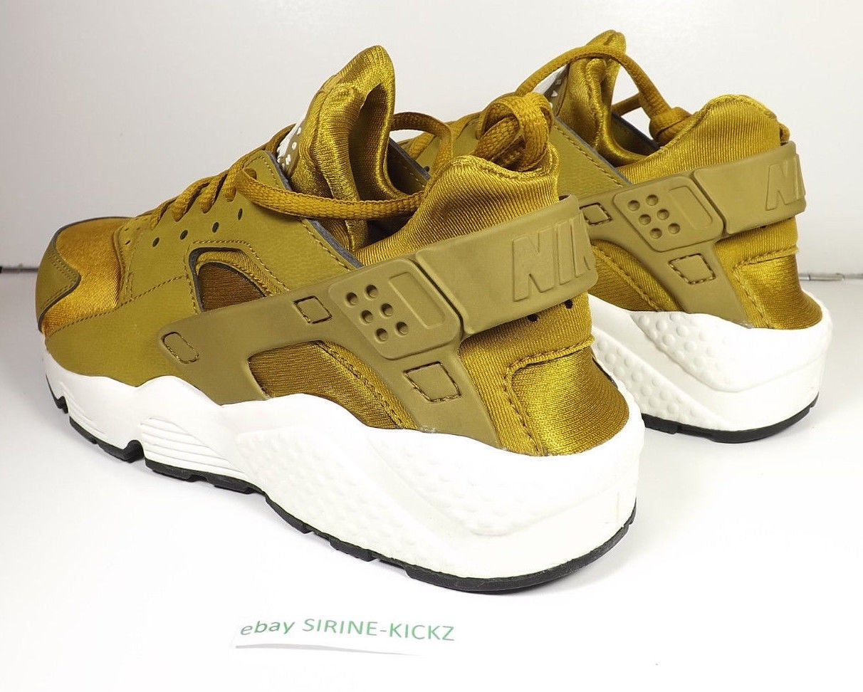 Image of Nike Womens Air Huarache Run Bronze Gold 634835 700