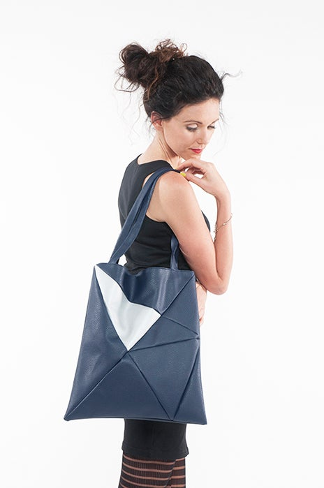 Image of GEO Bag darkblue silver