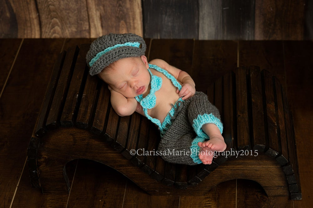 Image of Newborn Baby boy Outfit of Newsboy Crochet Hat 228f63249701