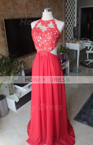 Image of Red Chiffon Floor Length Open Back Prom Gown With Lace Appliques Bodice