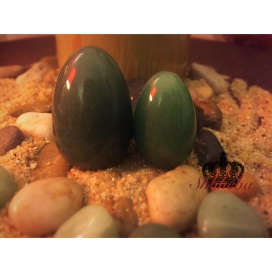 Image of Green Aventurine Yoni Egg