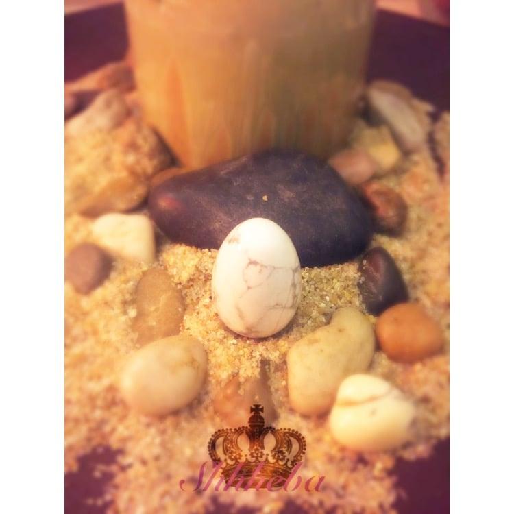 Image of Howlite Yoni Egg