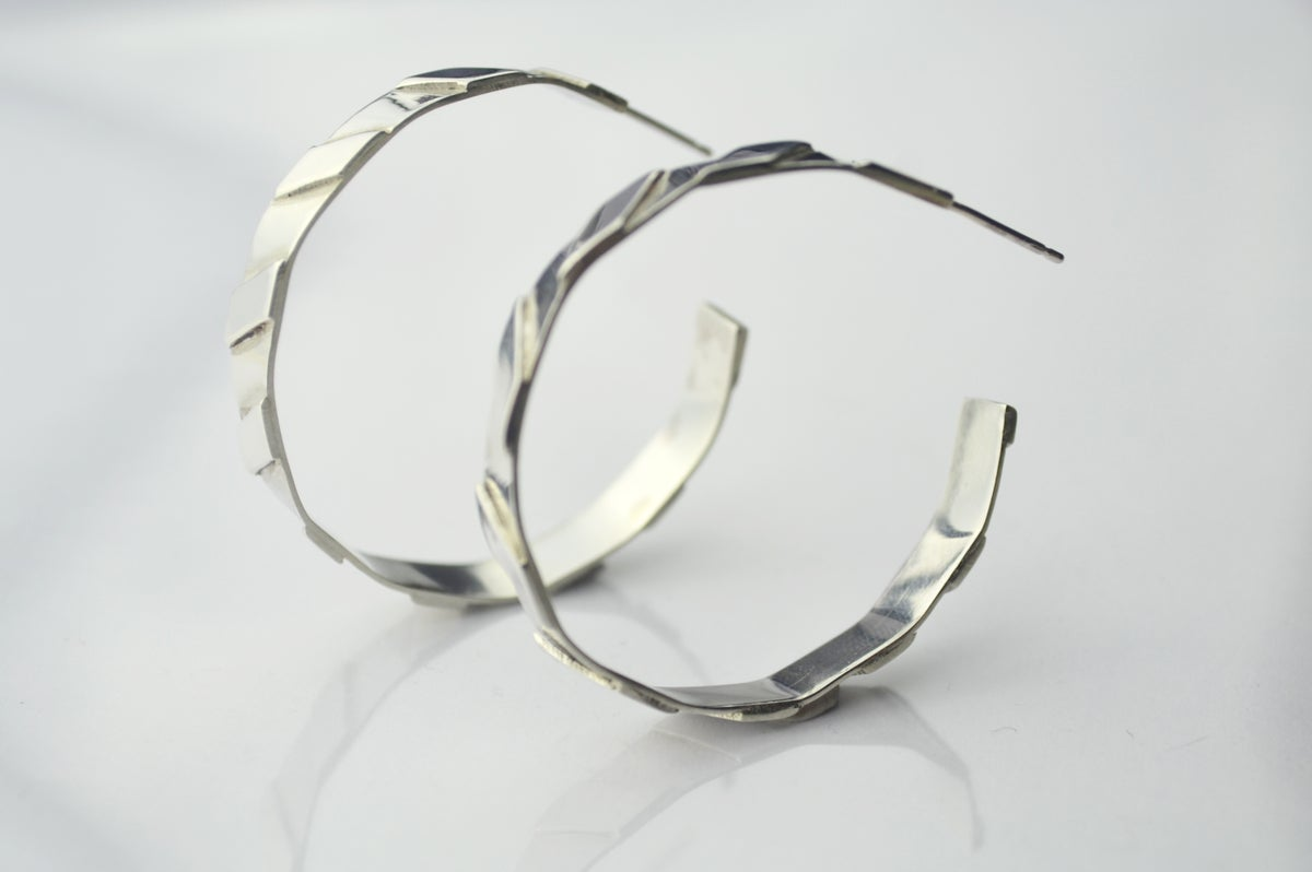 Image of THE ROSA MAXI HOOP