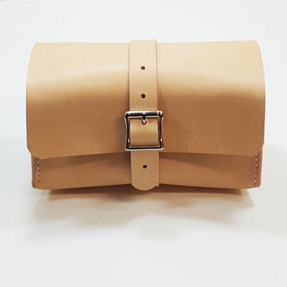 Image of Natural Leather Dopp Kit with Handle