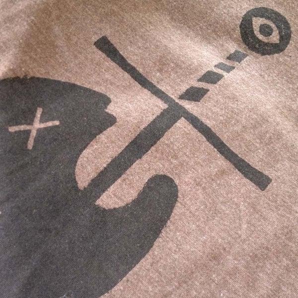 SWORD SWALLOWER TEE - Sorry.