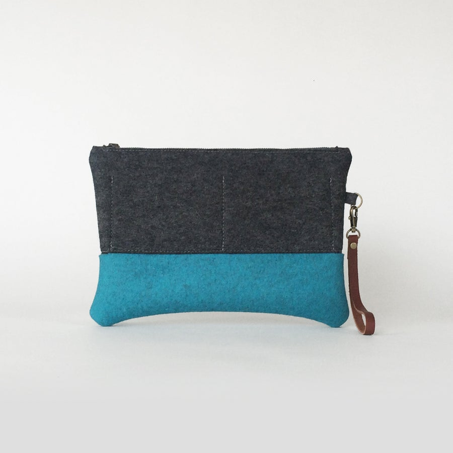 Image of <strong>Zipper Clutch</strong> Charcoal & Cerulean