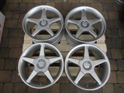 "Image of Genuine OZ Fittipaldi 18"" 5x130 Alloy Wheels"