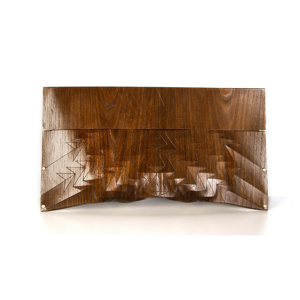 Image of Clutch in wood - Aztec size M - color brown