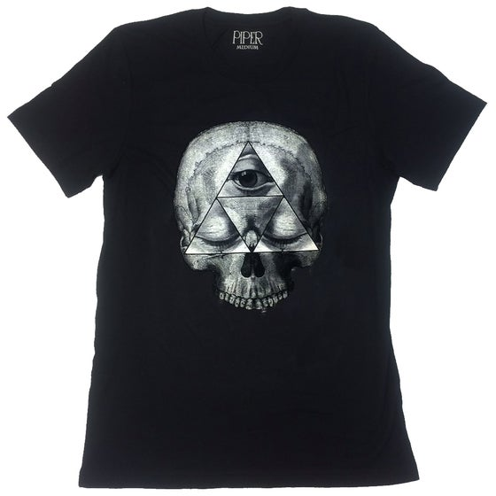 Image of ILLUMINATI SKULL T-SHIRT