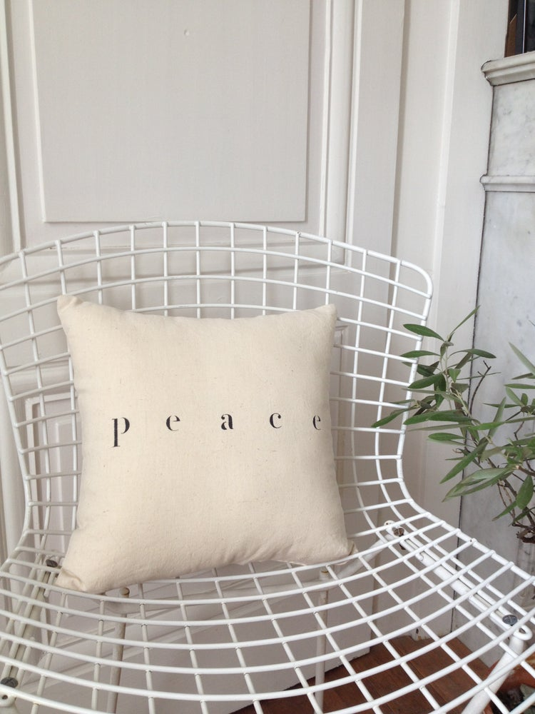 Image of coussin small peace