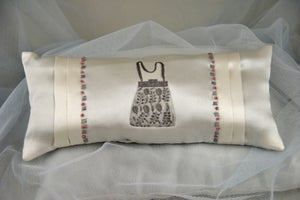Image of Silk Boudoir Lavender Cushion: Purse