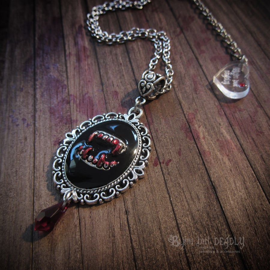Image of Vampire Teeth Victoriana Necklace