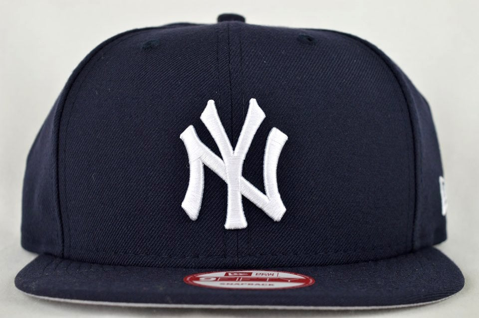 Image of NEW YORK YANKEES NVY BLU/WHT NEW ERA 9FIFTY SNAPBACK