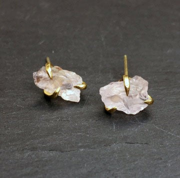 Image of Pair of claw studs with rose quartz