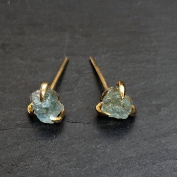 Image of Pair of claw studs with aquamarine
