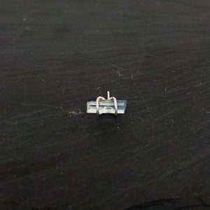 Image of Pencil stud with aquamarine