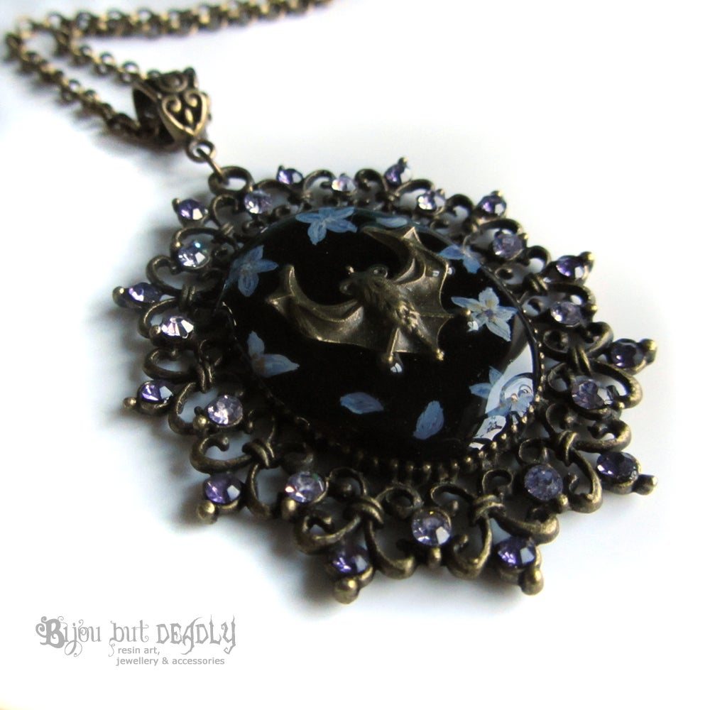 Forget-me-not Bat Cameo Necklace