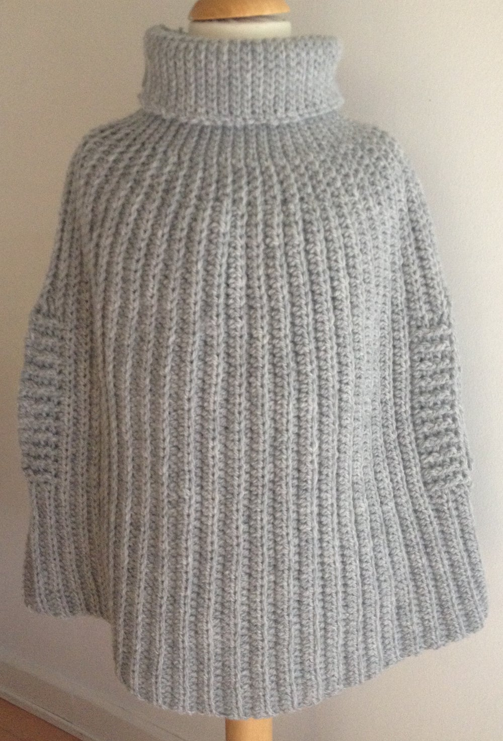 """Image of """"Isabella and Mary"""" Poncho, crochet pattern in english terms"""