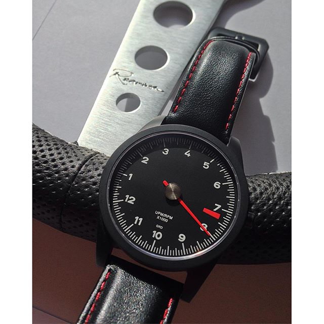 Image of GuardsRed-Design RL-72 Watch
