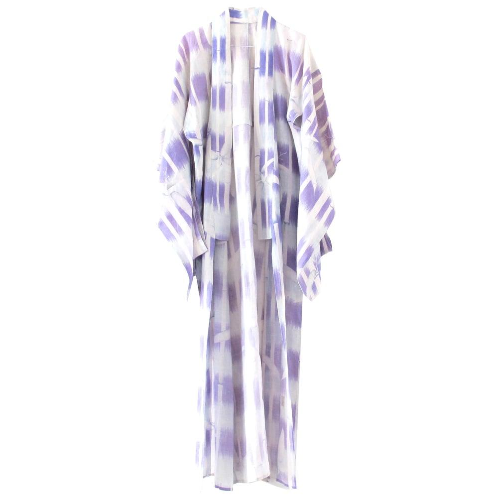Image of lavendel kimono af hør med bambus blade