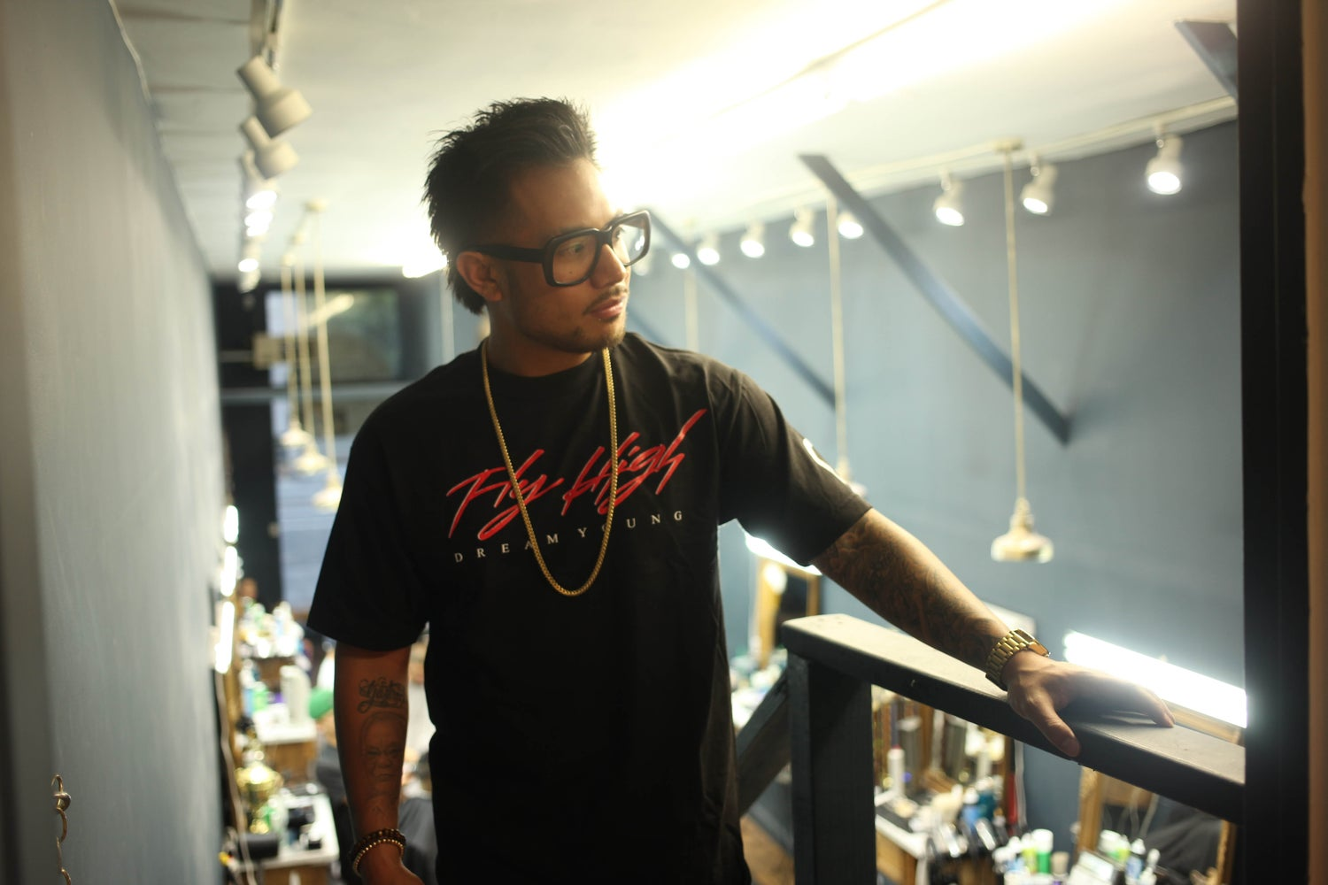 """Image of """"FLY HIGH"""" Black/Tee"""